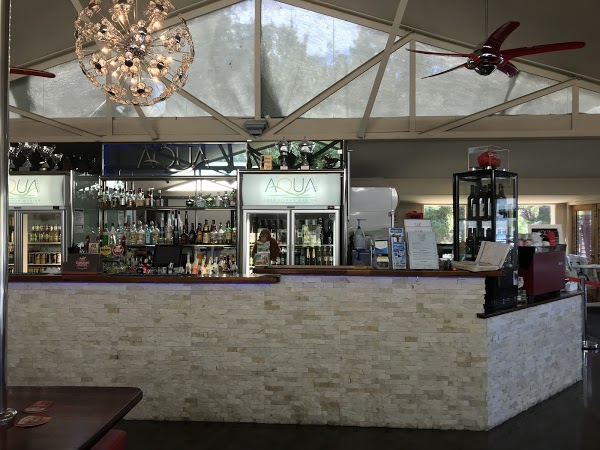 Aqua Bar & Caf� Lake Eildon